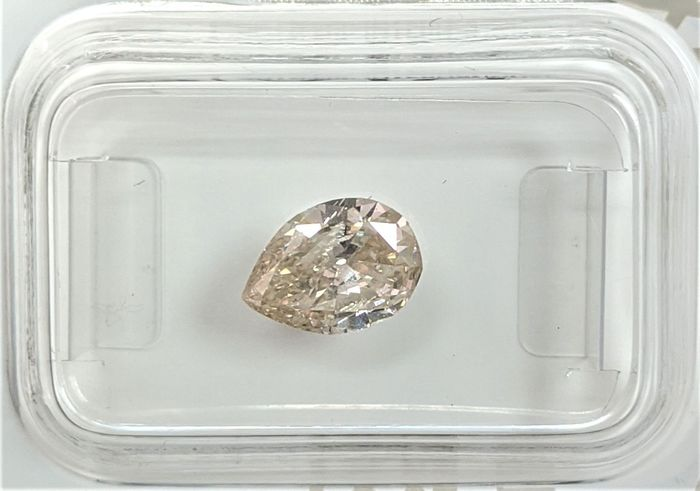 Diamant - 0.95 ct - Princesse - light brown - SI2, No Reserve Price