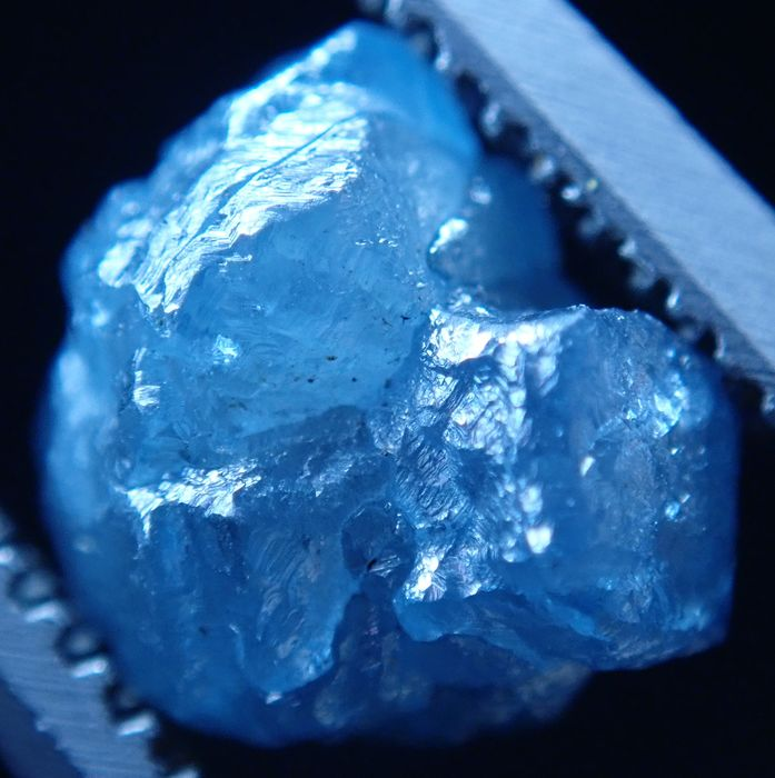 Hermoso cristal azul brillante de diamante 1.665ct - 7.28×6.89×4.71 mm - 0.333 g