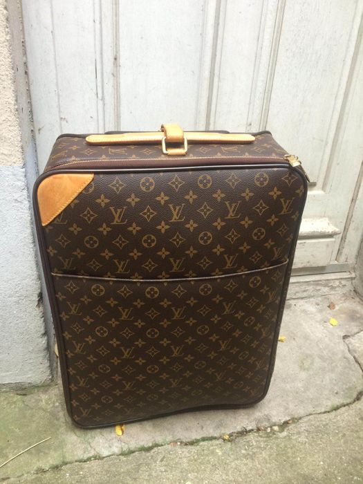 Louis Vuitton - Pegase 55 Valise