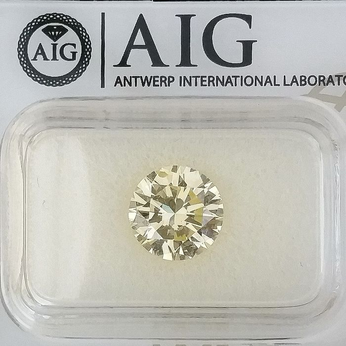 Diamond - 2.18 ct - Round - Natural Fancy Yellow - VS2, Excellent