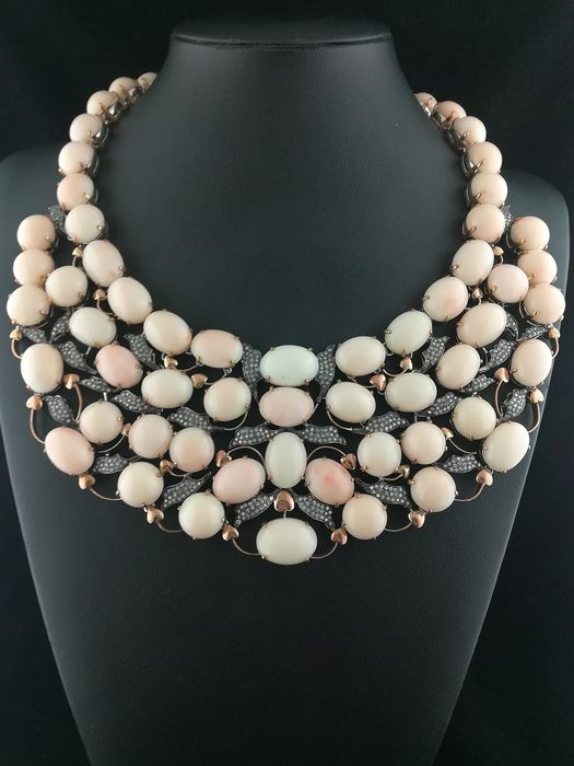 14 kt. gold + silver setting - Necklace Diamond - pink coral