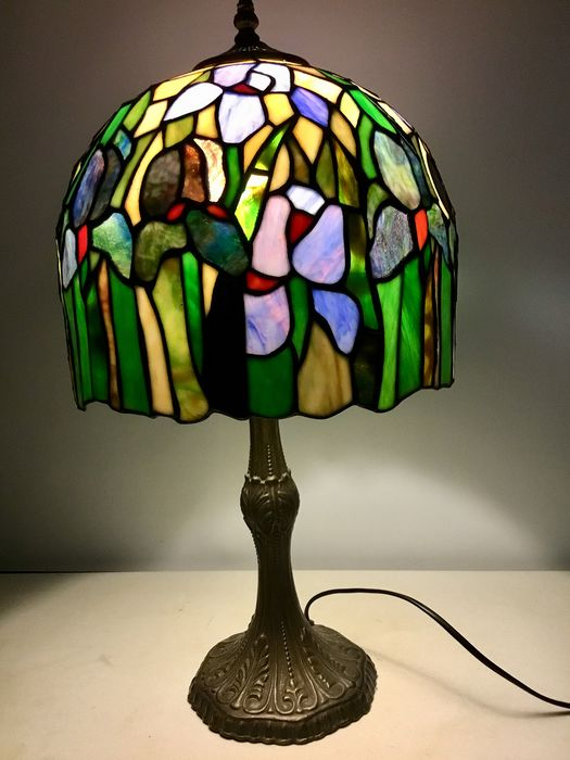 Tiffany lampe Glass (farget glass), metall Catawiki