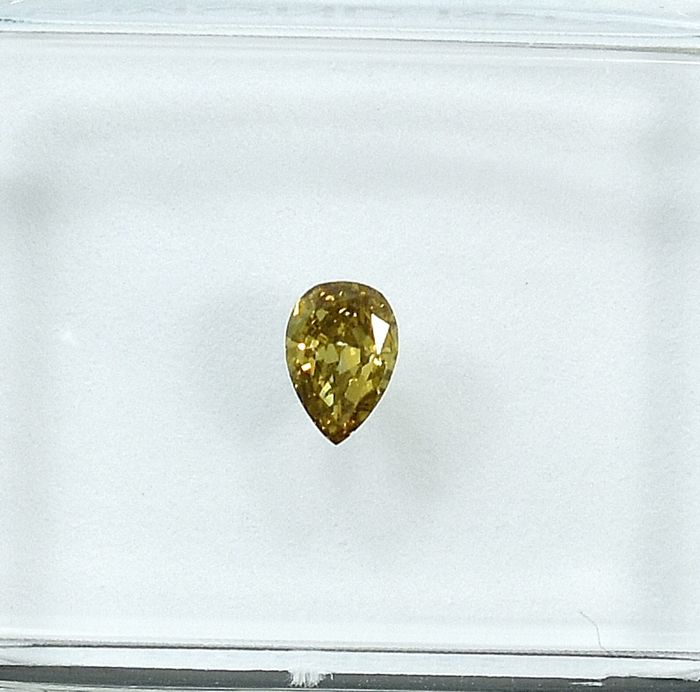 Diamant - 0.15 ct - Poire - Natural Fancy Vivid Orangy Brownish Yellow - Si1 - NO RESERVE PRICE