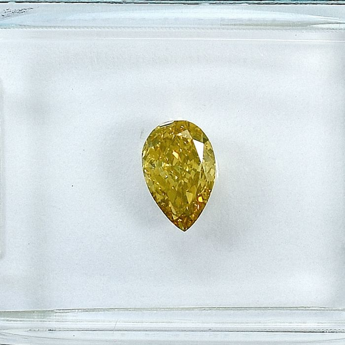 Diamante - 0.52 ct - Pera - Natural Fancy Orangy Yellow - VS2 - NO RESERVE PRICE
