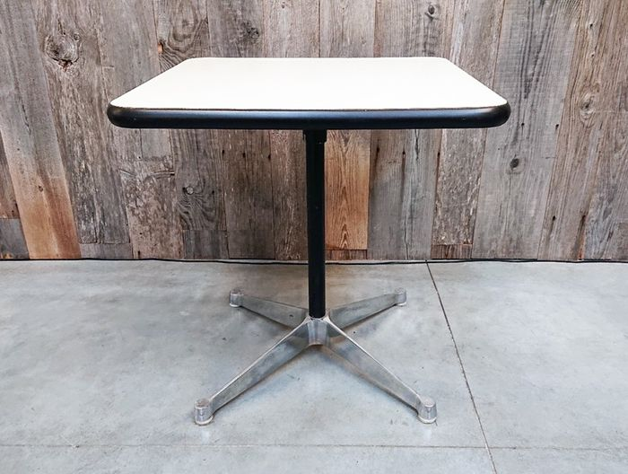 Charles Eames - Table d'appoint
