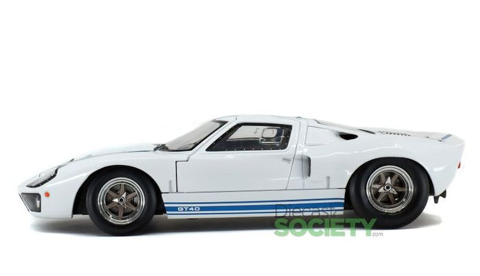 Solido - 1:18 - Ford  GT40   ///  mk1