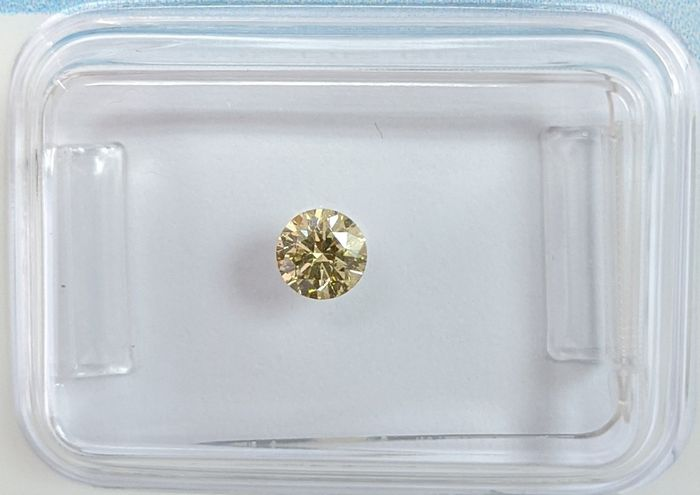 Diamante - 0.23 ct - Brillante - fancy brownish yellow - SI1, IGI Antwerp - No Reserve Price