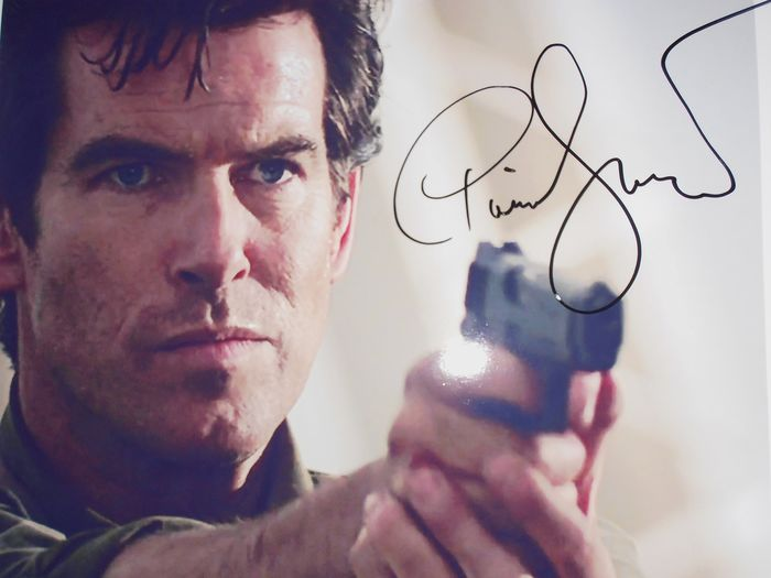 James Bond - GoldenEye - Pierce Brosnan is 007  - Autógrafo, Fotografía