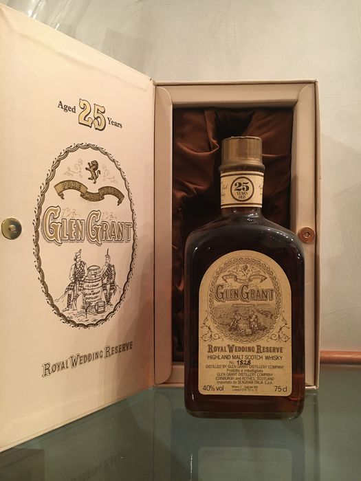 Glen Grant 25 years old Royal Wedding Reserve - b. Années 1980 - 75cl