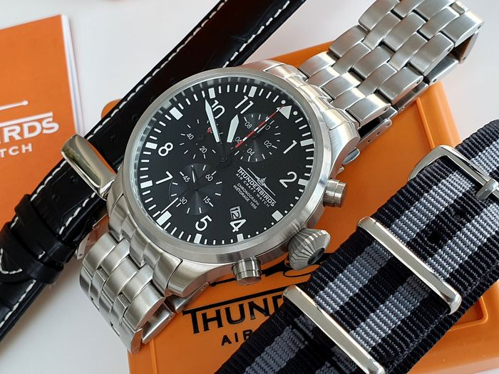 Thunderbirds   -  Pilot army watch Chronograph  + free omega style strap + free deployment strap - Herren - 2019