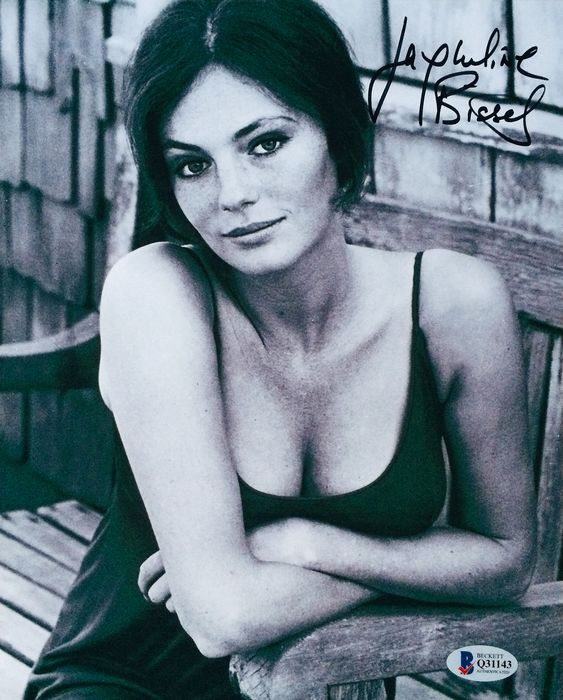 Jacqueline Bisset - Signed Photo ( 20 x 25 cm ) - with Certificate Of Authenticity
