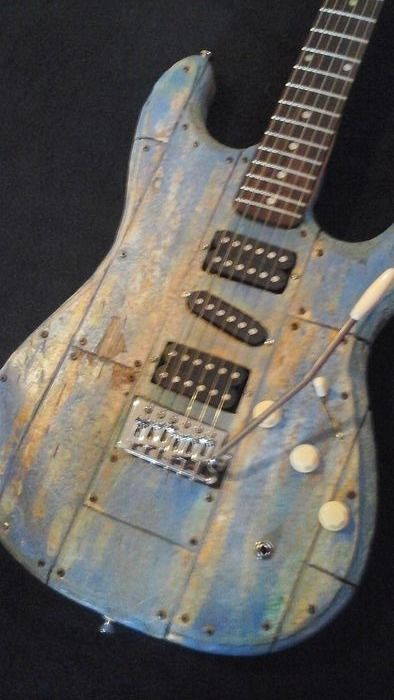 Mika Custom Art Guitars - Mika Custom Barnwood Guitar - Guitare électrique - Pays-Bas - 2019
