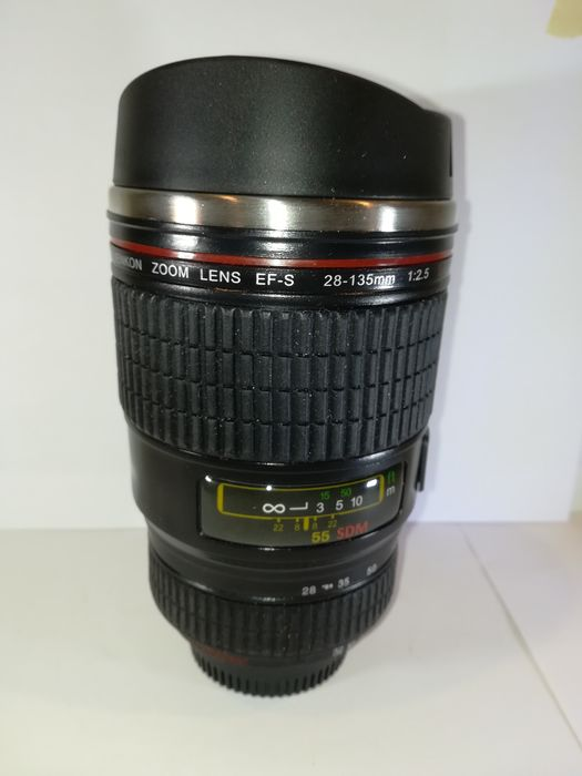 Vencon thermobeker zoomlens EF-S 28-135mm 1:2,5 ll USM
