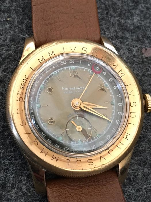 Herned Watch  - Pointer Date Oversize - Homme - 1950-1959