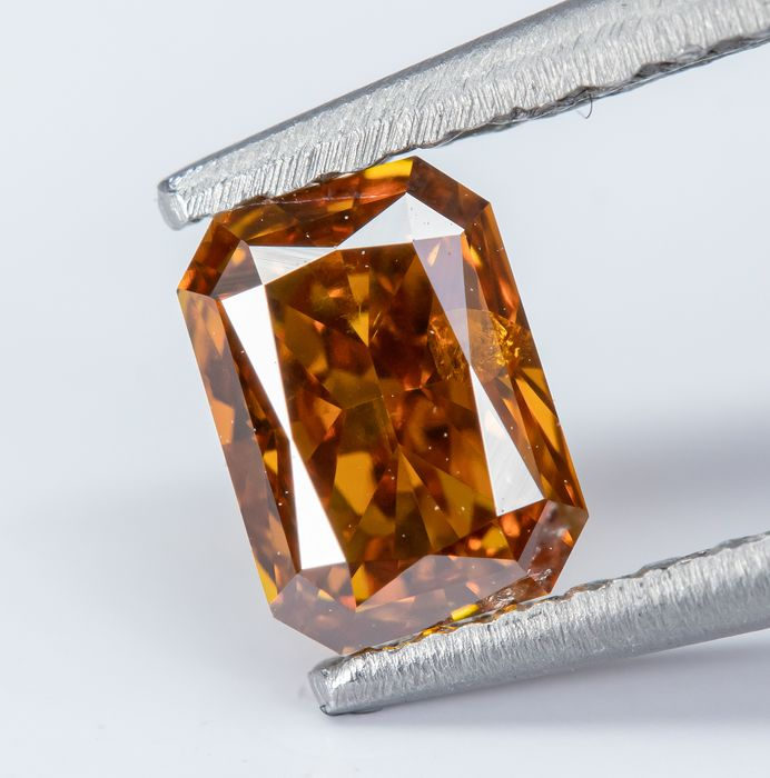 Diamant - 0.43 ct - Naturel Fantaisie VIVID Orange Jaune - VS2  *NO RESERVE*