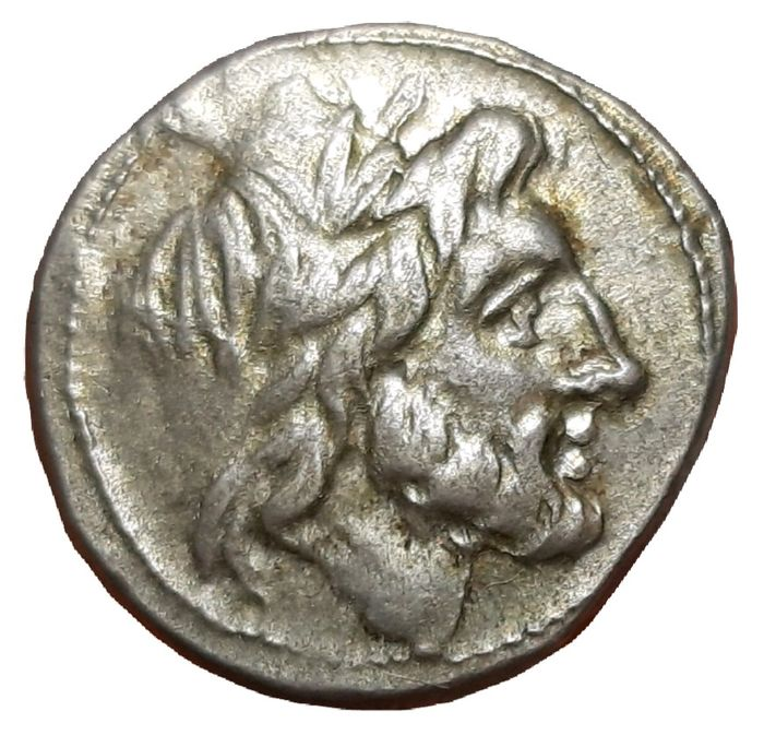 República Romana - Anonymous Issues. AR Victoriatus (17/16mm, 3,61g). Minted in Sicily from 211 BC - Cr. 70/1 - Prata