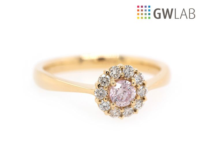 bague diamant rose pale
