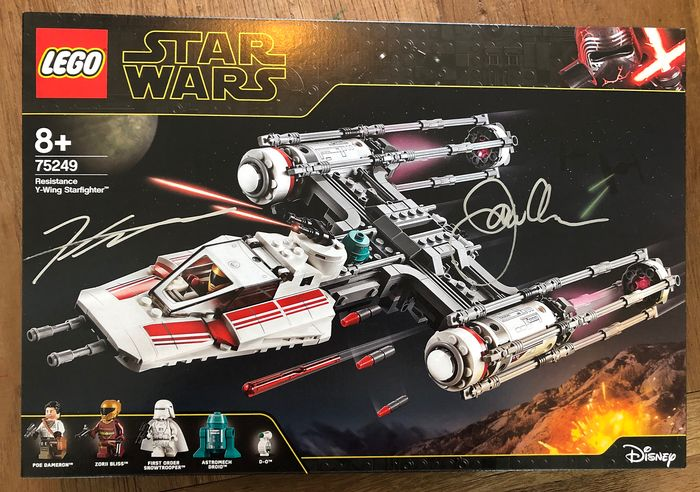 Star Wars - LEGO - 75249 Resistance Y-Wing Starfighter - signed by LEGO Star Wars designers