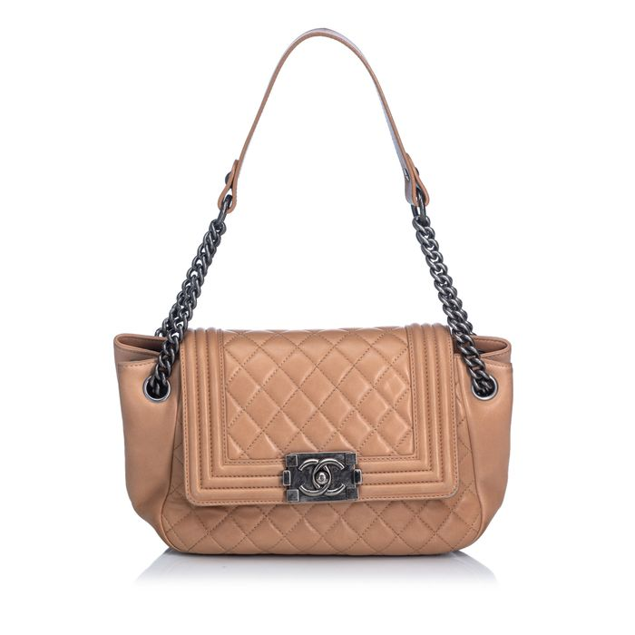 Chanel - Lambskin Boy Accordion Flap Bag Sac en bandoulière