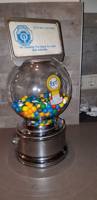 Ford gumball vending - Automaat - Glas, Staal (roestvrij)