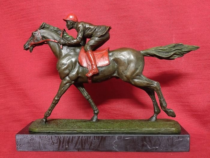 Sculpture, Horse Jockey - Bronze (gilt/silvered/patinated/cold painted), Marble