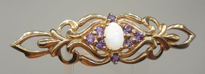 LOT 121 Solid Fiery Opal (0.50ct) & Amethyst (0.45ct) NO RESERVE PRICE - 9K Or jaune - Broche victorienne