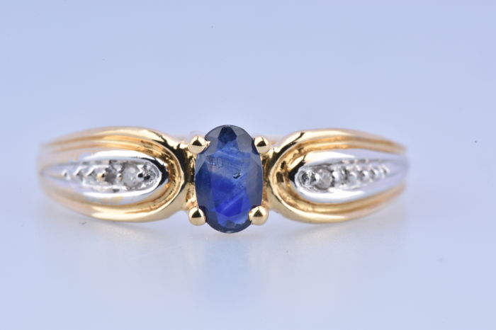 18 kraat Gulguld - Ring - 0.10 ct Safir - Diamant