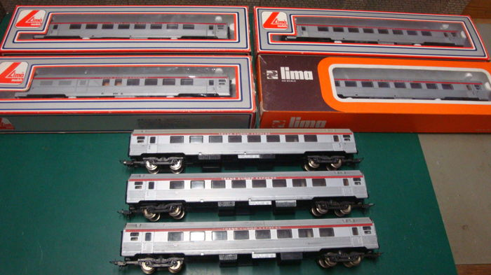 Lima H0 - 301023/301024 - Passenger carriage - 7 x TEE Inox careers - SNCF