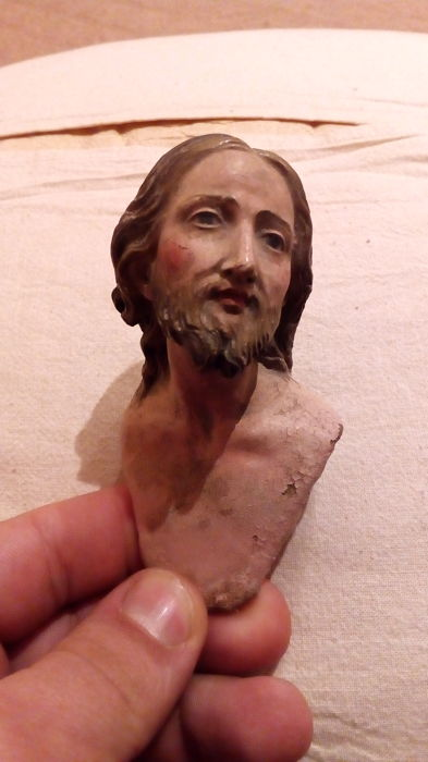 Head of Christ - polychrome terracotta with glass eyes - 19th century