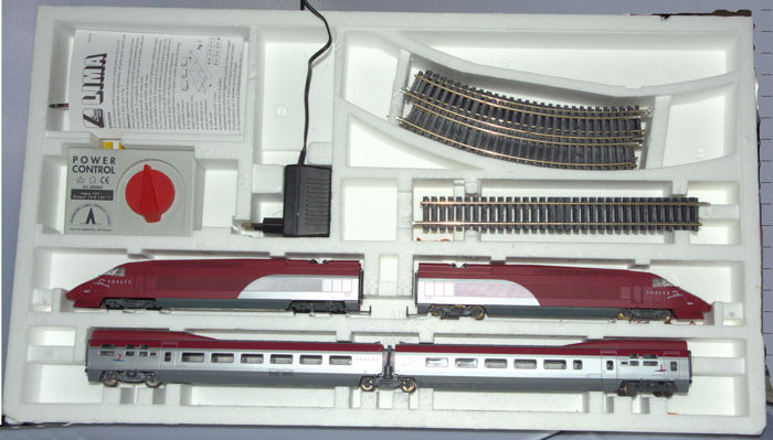 Lima H0 - Train set - 4-part Thalys with rails and transformer - Thalys International