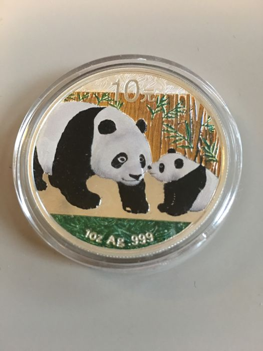 China - 10 Yuan 2011 - 'Pandas' - mit Farbapplikation - 1 Oz - Silver