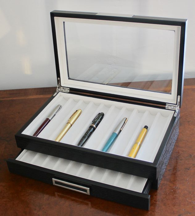 Own label - Luxury Pen Display Box - wood effect veneer
