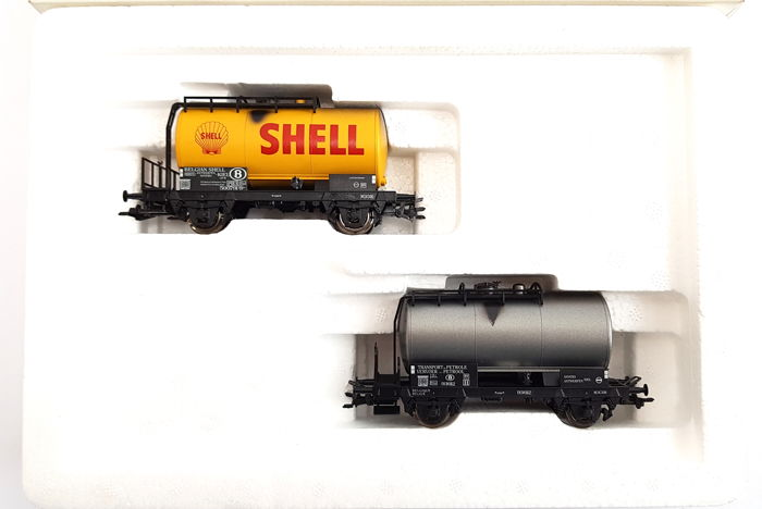 Märklin H0 - 48541 - Freight carriage - Set of 2 tank wagons - NMBS
