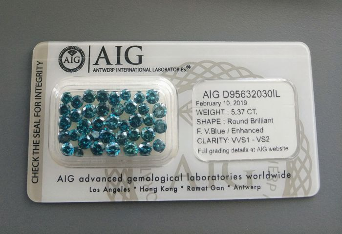 39 pcs Diamanten - 5.37 ct - Rond - fancy vivid blue - VVS1 - VS2