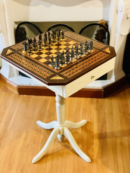 Luxury Chess Table - Wood, gold and silver with fine tin