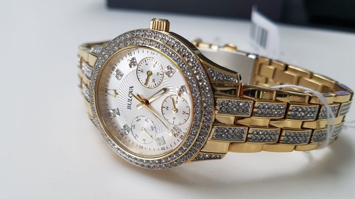 Bulova - luxury  lady watch with real swarovski crystals all around  - Senhora - 2019