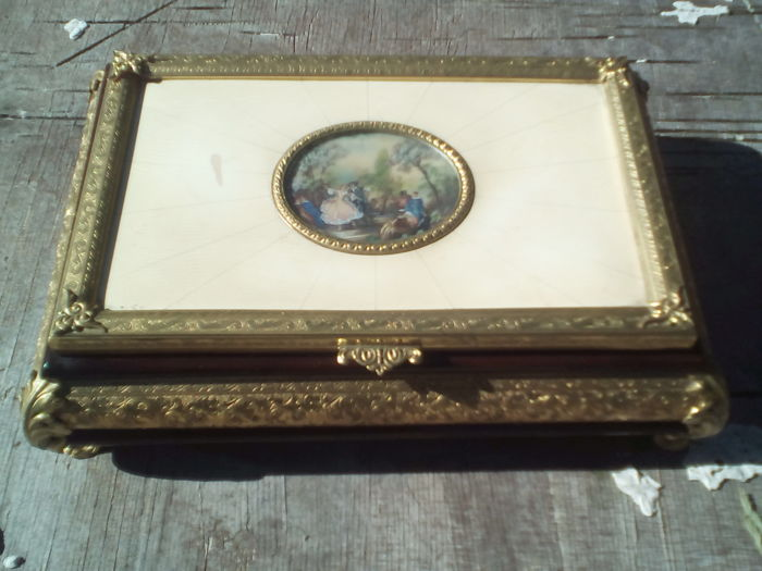 Reuge - Superb Big Box Music Music - Miniature Mahogany and Brass Dore Painting