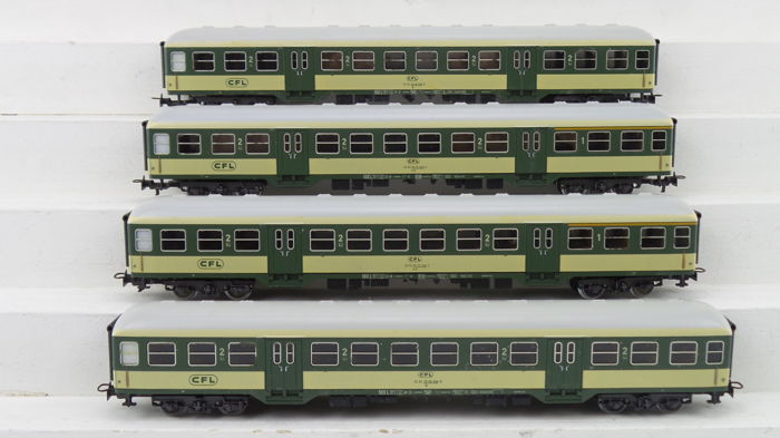 Märklin H0 - 4126/4127 - Passenger carriage - 3 express train carriages - CFL