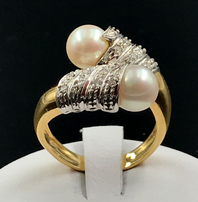 18 kt. Saltwater pearls, White gold, Yellow gold - Ring - 0.14 ct Diamond
