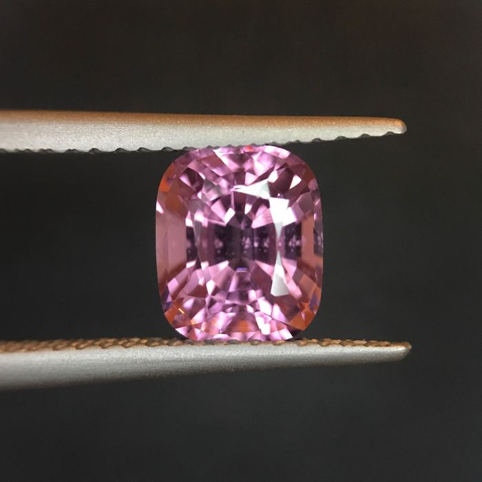 Roze Spinel - 1.91 ct