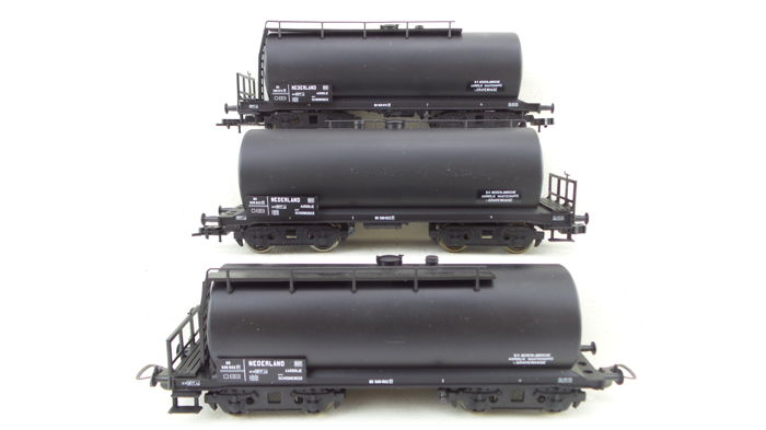 Piko H0 - 58033/95450 - 3 Vier-assige ketelwagens 'NAM' - NS