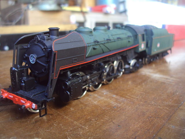 Jouef H0 - 8274 - Steam locomotive with tender - Serie 141.R - SNCF
