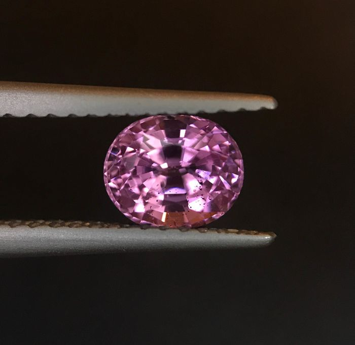 Roze Spinel - 1.01 ct