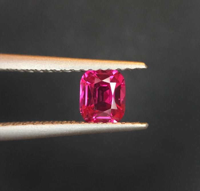 Rood Spinel - 0.50 ct