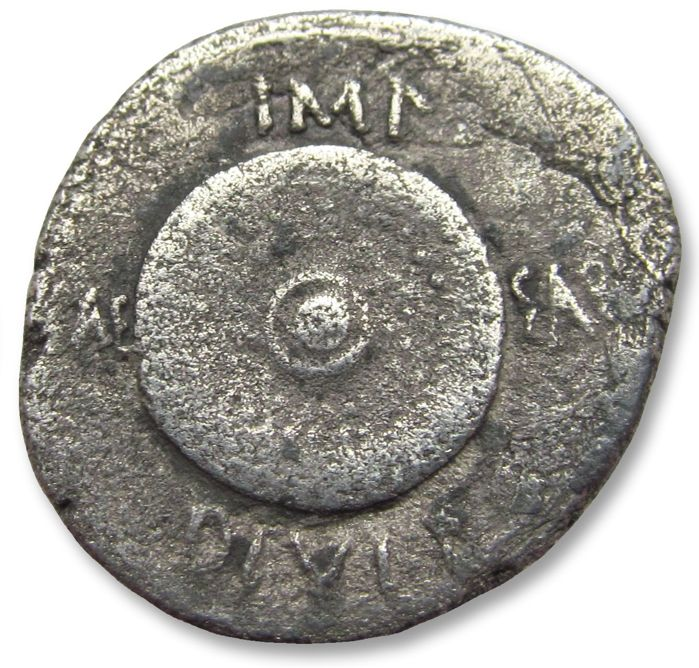 Romeinse Republiek - AR Denarius, Octavian / Octavianus, military mint in Spain or N.Italy, 35-34 B.C. - Scarce - Zilver