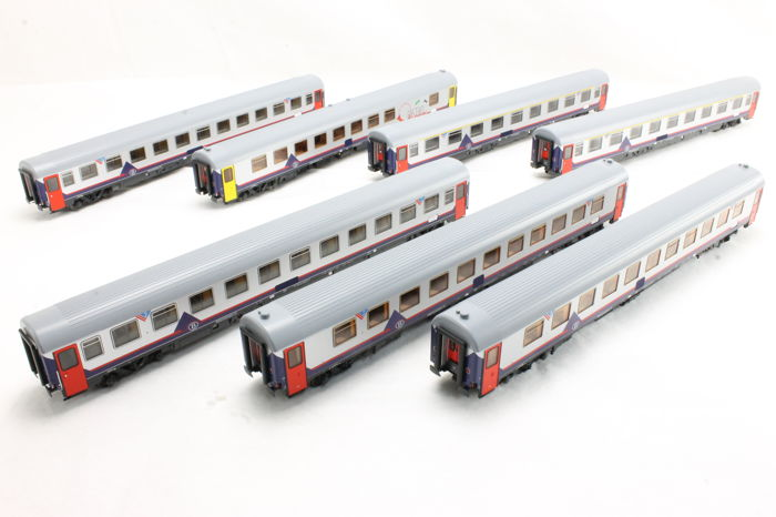 LS Models H0 - MW 1605 - Passenger carriage - Set of 7 carriages Dortmund - Ostend - NMBS