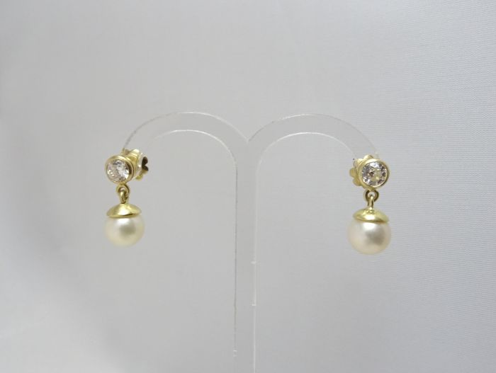 18 kt. Yellow gold - Earrings - 0.90 ct Diamond - Pearl