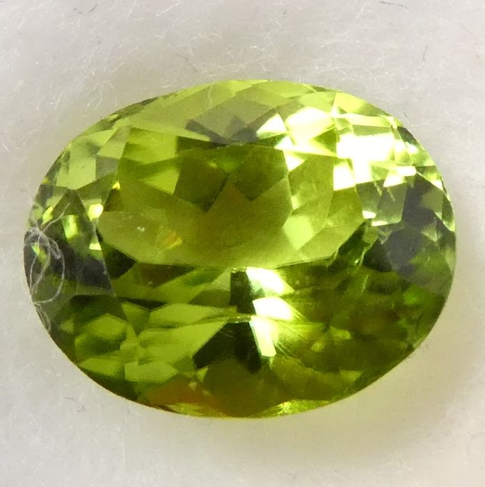 Peridot - No Reserve Price - 3.59 ct