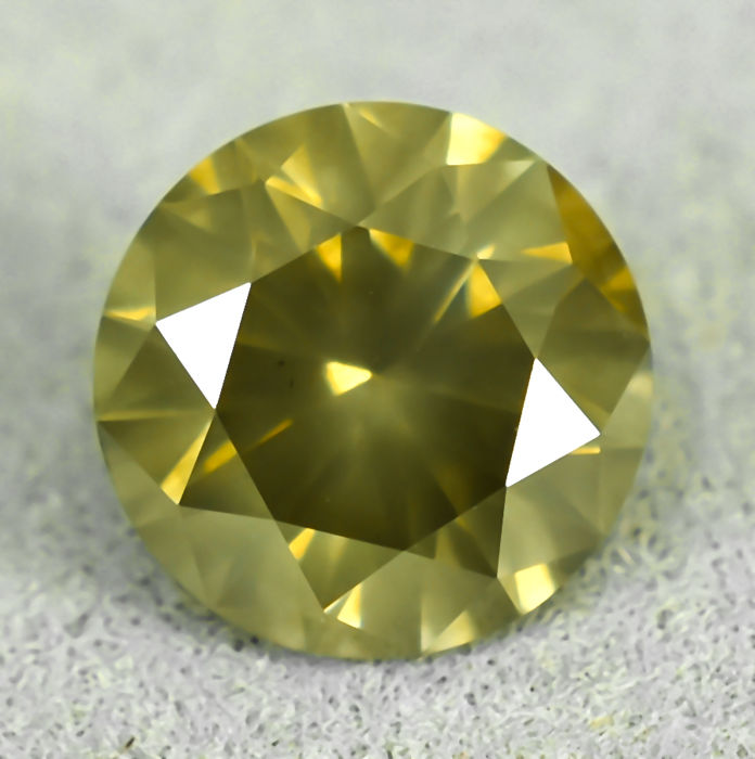 Diamond - 0.92 ct - Brilliant - Natural Fancy Yellowish Brown - I1 - NO RESERVE PRICE - EXC/VG/VG