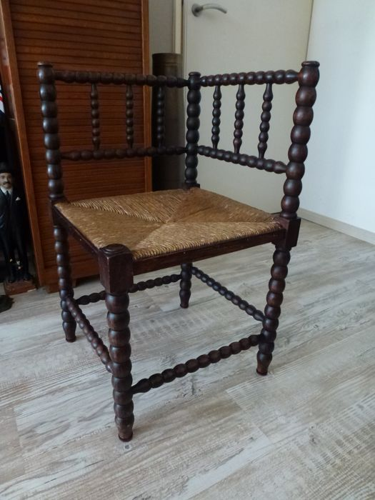 Antique armchair with twisted bars - Oak wood, rush seat